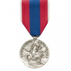 Médaille ordonnance défense nationale argent DMB
