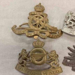 Cap badge Canadien ww2 vendu en lot
